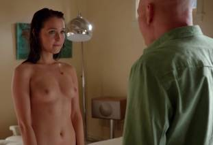 camilla luddington nude for a swim on californication 4270 24