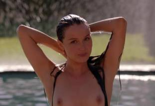 camilla luddington nude for a swim on californication 4270 9