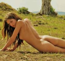 candice boucher nude with giraffes in playboy 2114 5