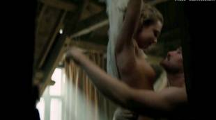 cara delevingne nude debut in tulip fever 3101 2