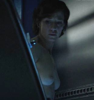 carrie coon nude in the leftovers 6932 25
