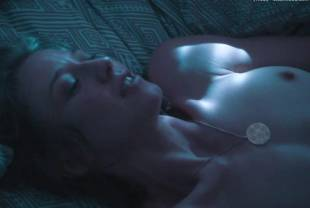 carrie coon nude sex scene from the leftovers 3594 21
