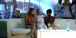 cassie keller chernise yvette topless in harold kumar christmas 3288 25