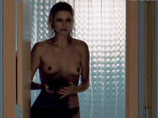 charlize theron nude in the burning plain 8999 15