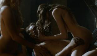 charlotte hope stephanie blacker nude together on game of thrones 7111 22