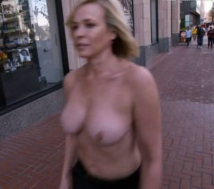chelsea handler topless in chelsea does silicon valley 1013 10