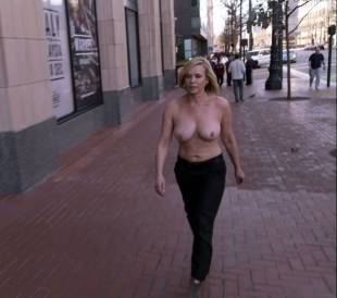 chelsea handler topless in chelsea does silicon valley 1013 3