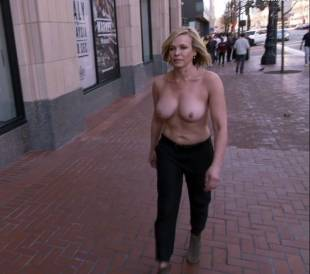 chelsea handler topless in chelsea does silicon valley 1013 7
