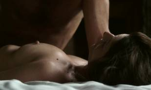 chiara mastroianni nude in bed from les salauds 5403 11