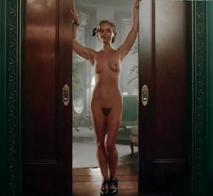 christina ricci nude full frontal in z the beginning of everything 3370 1