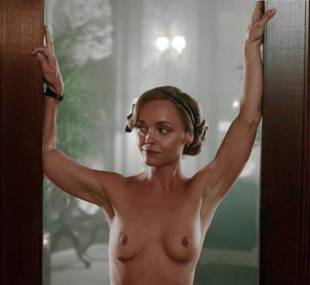 christina ricci nude full frontal in z the beginning of everything 3370 12
