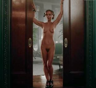 christina ricci nude full frontal in z the beginning of everything 3370 7