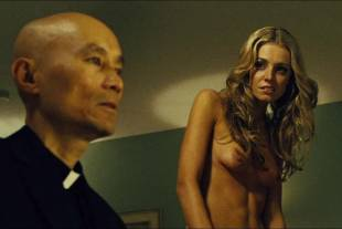 christine marzano topless in seven psychopaths 5361 11