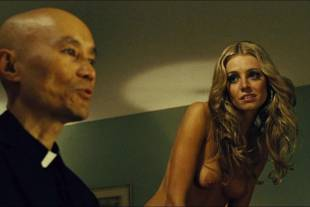 christine marzano topless in seven psychopaths 5361 15