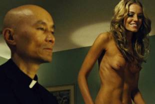 christine marzano topless in seven psychopaths 5361 17