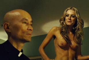 christine marzano topless in seven psychopaths 5361 19