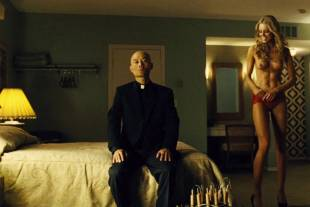 christine marzano topless in seven psychopaths 5361 9