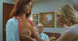 christine smith topless breasts squeezed by cameron diaz 6187 14