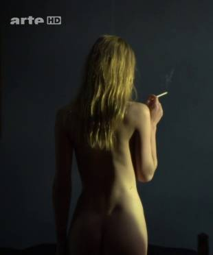 clemence poesy nude to enjoy the view in hope 9953 1
