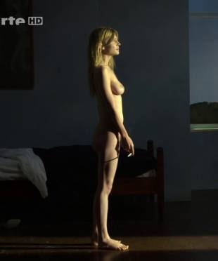 clemence poesy nude to enjoy the view in hope 9953 16