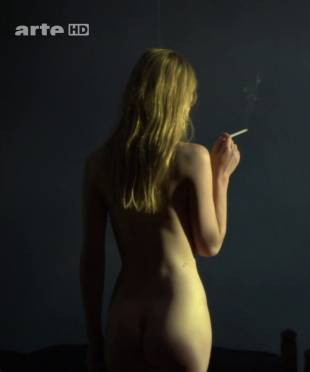 clemence poesy nude to enjoy the view in hope 9953 2