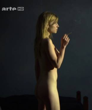 clemence poesy nude to enjoy the view in hope 9953 6