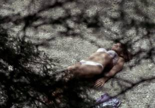 crystal lowe topless for swim in wrong turn 2 dead end 7225 19