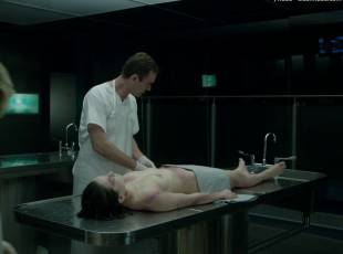 daisy ridley topless in silent witness 1520 2