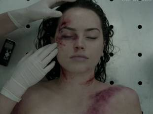 daisy ridley topless in silent witness 1520 4