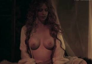 debbie rochon topless in richard lionheart rebellion 8084 16