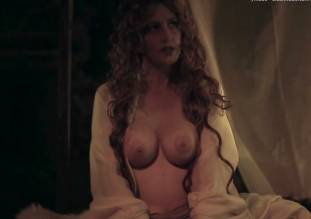 debbie rochon topless in richard lionheart rebellion 8084 17