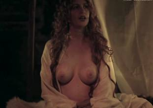 debbie rochon topless in richard lionheart rebellion 8084 21