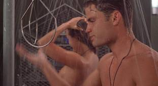 dina meyer topless starship troopers shower 9491 20