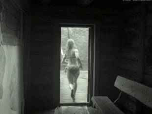 elina pahklimagi topless sauna scene in end of a great era 3076 3