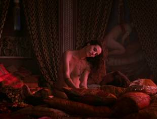 elisa lasowski topless for foreplay on game of thones 1314 4