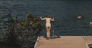 elizabeth olsen topless to introduce us to her twins 3295 4