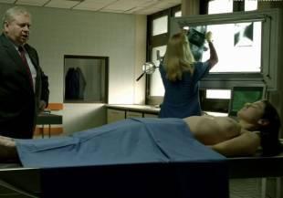 elodie houdas topless in der staatsanwalt 8008 1