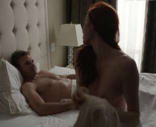 elyse levesque topless in transporter the series 0645 13