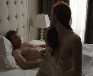 elyse levesque topless in transporter the series 0645 14