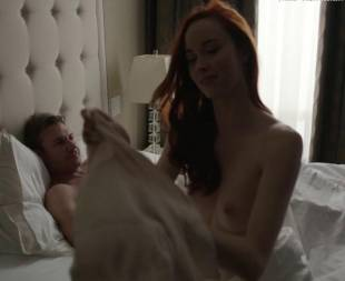 elyse levesque topless in transporter the series 0645 18