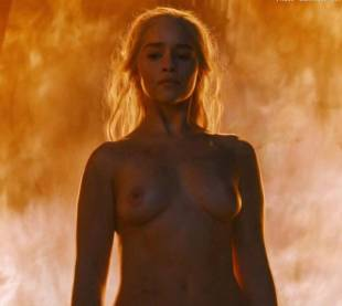 emilia clarke nude and fiery hot on game of thrones 6449 16