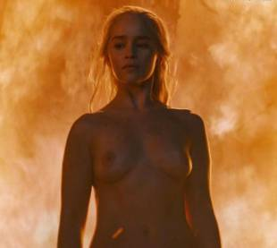 emilia clarke nude and fiery hot on game of thrones 6449 18
