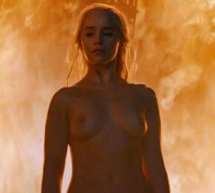 emilia clarke nude and fiery hot on game of thrones 6449 19