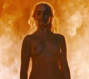 emilia clarke nude and fiery hot on game of thrones 6449 21