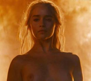emilia clarke nude and fiery hot on game of thrones 6449 26