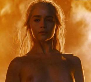 emilia clarke nude and fiery hot on game of thrones 6449 31