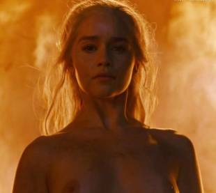emilia clarke nude and fiery hot on game of thrones 6449 32