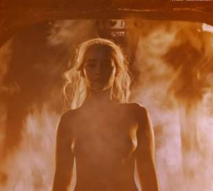 emilia clarke nude and fiery hot on game of thrones 6449 4