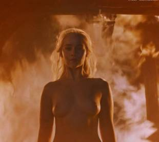 emilia clarke nude and fiery hot on game of thrones 6449 6