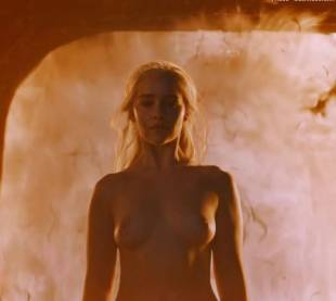 emilia clarke nude and fiery hot on game of thrones 6449 7